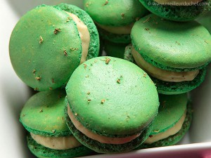 macaron-chocolat-blanc-the-vert-matcha-640